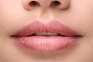 Aumento definizione labbra