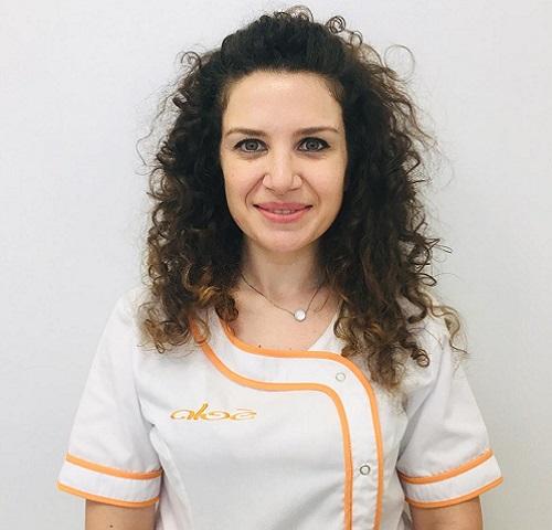l'assistente di Medicina Estetica del Centro Medico Aloè