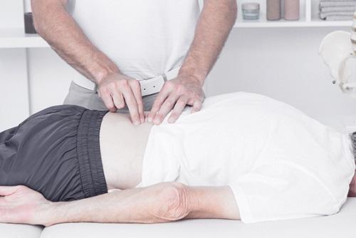 L'osteopatia Come Alternativa Al Dolore: Combatte Il Mal Di Schiena; Migliora La Vita Delle Persone Anziane; con L'osteopatia Dimenticherai Il Mal Di Testa;